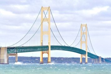 mackinacbridge.jpg